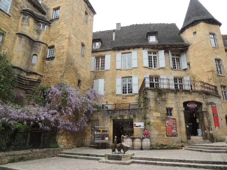 7_medieval-town_sarlat